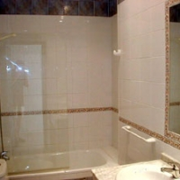 hacienda10b_bathroom